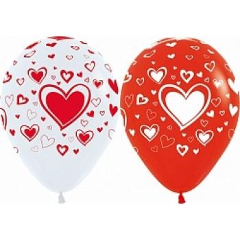 Воздушные шары с сердцами красные и белые