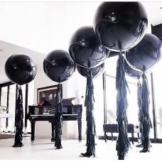 Большие шары с гирляндой